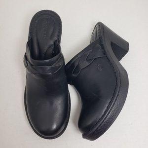 Born Closed Toe Slip-On Black Heeled Mules Sz 8M